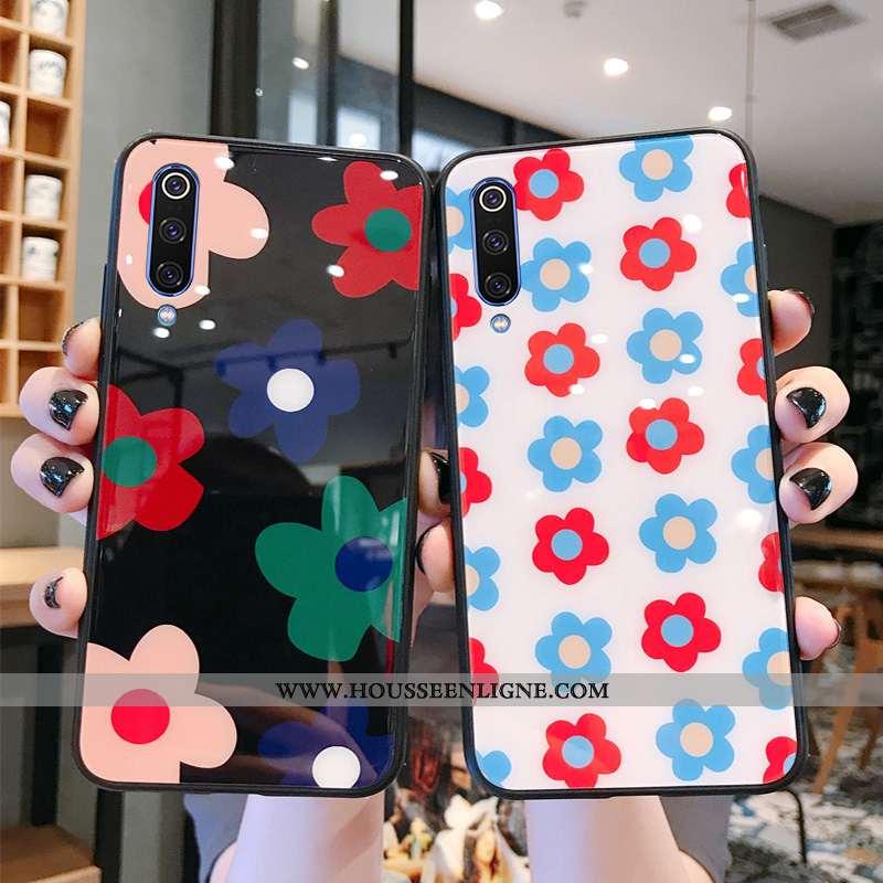 Étui Xiaomi Mi A3 Fluide Doux Silicone Fleurs Protection Noir Luxe Verre